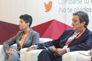 Los doctores María José Muñoz y Victoriano Serrano.