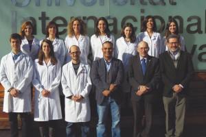 El equipo de investigación del Regenerative Medicine Research Institute trabaja en el campo de los  biomateriales y la regeneración ósea con células madre de pulpa dental.