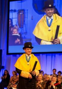 El Prof. Mariano Sanz es Doctor Honoris Causa por la Universidad de Göteborg.