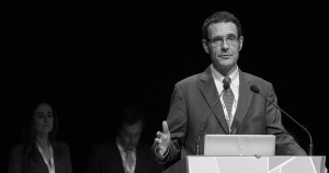 El Dr. Valmaseda en su discurso de toma de posesión durante el último congreso de la SECIB celebrado en Bilbao.