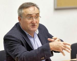 Dr. Victorino Aparici, presidente del Colegio de Dentistas de Castellón.