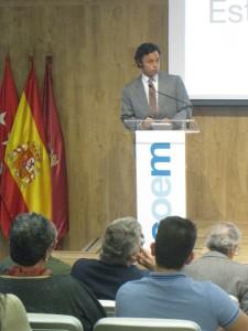 El Dr. Ramón Soto-Yarritu hizo la introducción al Foro de Actualidad Odotológica sobre la mercantilización dental.