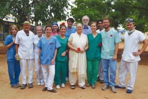 Grupo de voluntarios en La India.