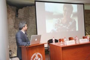 El Dr. Antonio Flichy durante la presentación de la Fundación.