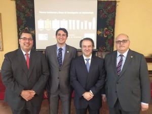 De izda. a dcha., los doctores Rodríguez Casanovas, Daniel Torres, Juan Blanco y Guillermo Machuca.
