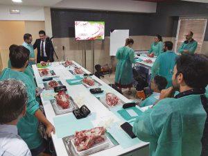 Durante la sesión vespertina se inauguró la nueva sala de prácticas del Colegio de Dentistas de Sevilla.