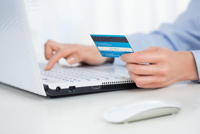 Los riesgos de adquirir tratamientos en Internet