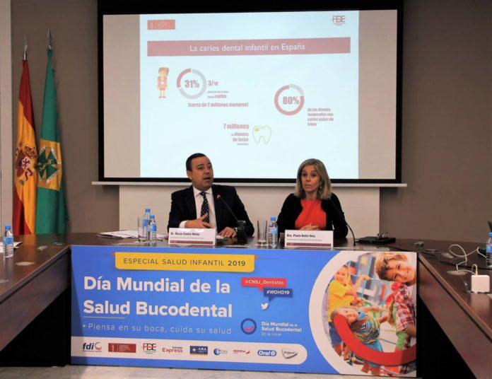 Los doctores Óscar Castro y Paola Beltri.