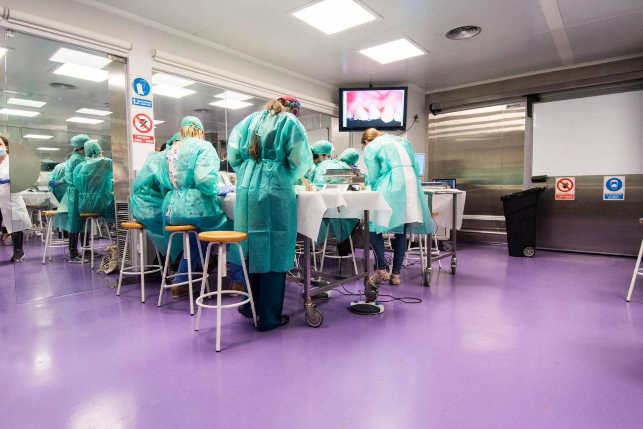 UIC Barcelona organiza el curso Hands-On Cadaver Intensive