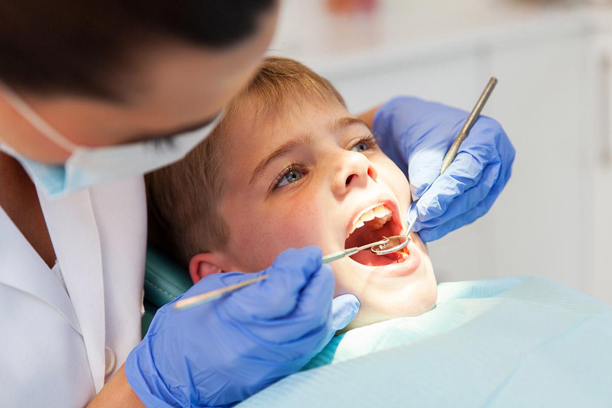 Andalucía aprueba un decreto para regular la asistencia dental a niños de 6 a 15 años - Gaceta Dental