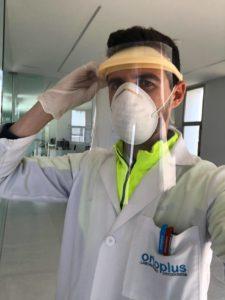 Visera de protección y mascarilla fabricada en Ortoplus.