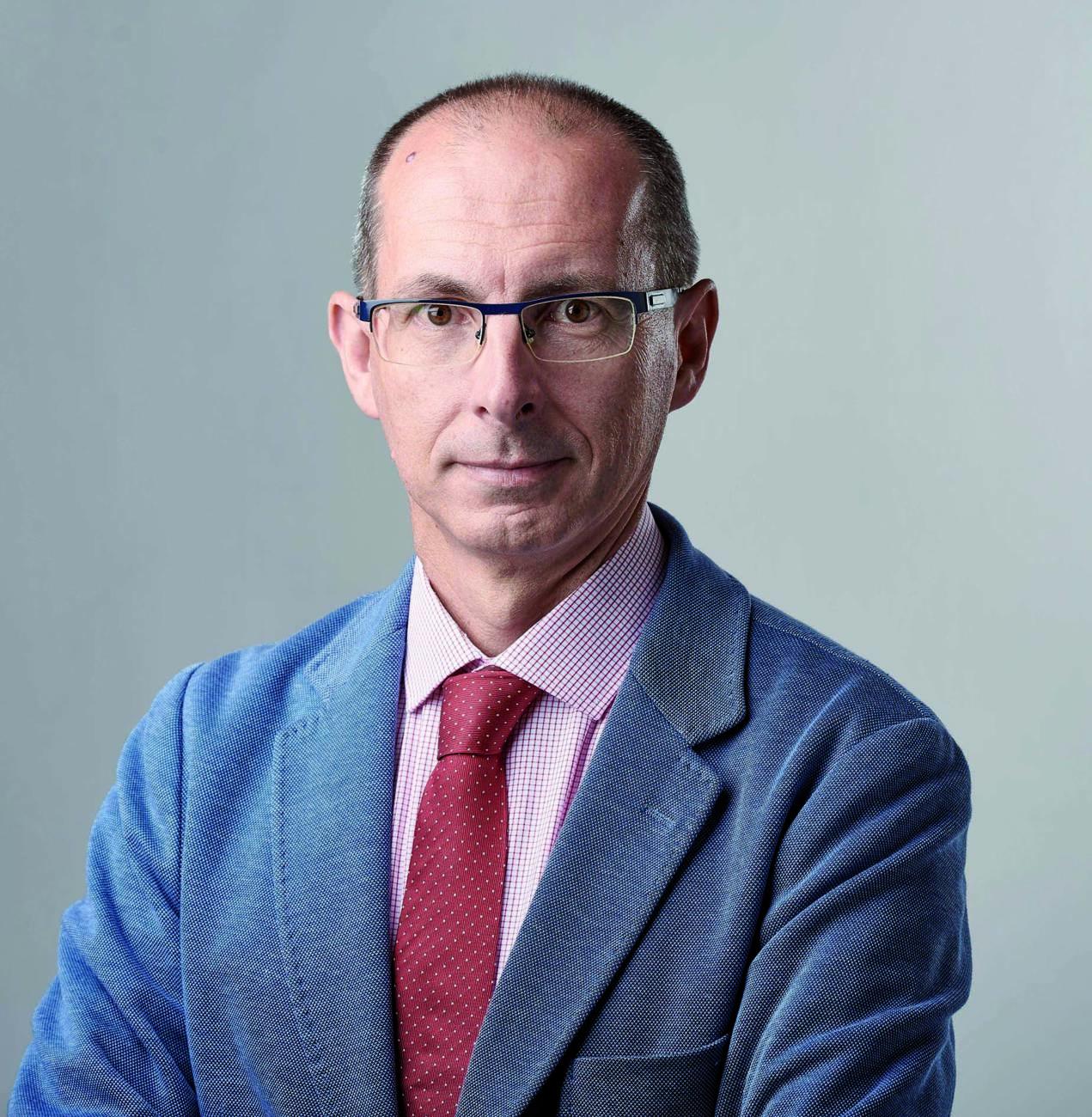 Dr. Ignacio García Espona