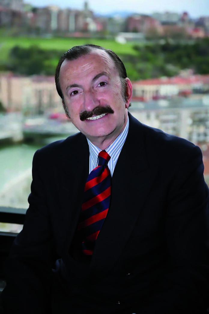 Entrevista a Jaime A. Gil, presidente del Comité Científico de Expodental Scientific Congress.
