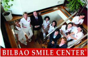 El Dr. Jaime A. Gil es el director del Bilbao Smile Center ubicado en la Clínica Dental Albia en Bilbao.