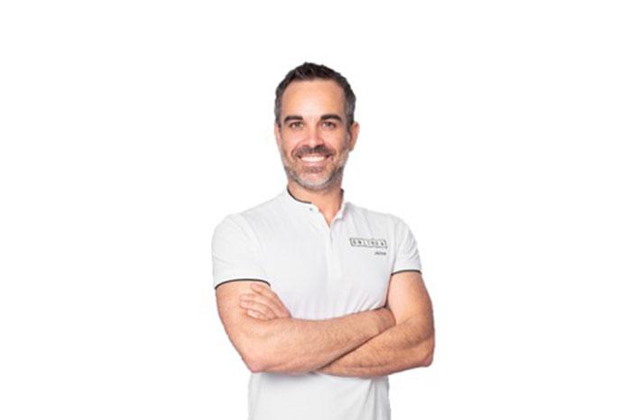El Dr. Javier Lozano zafra nos presenta Bsurealigners