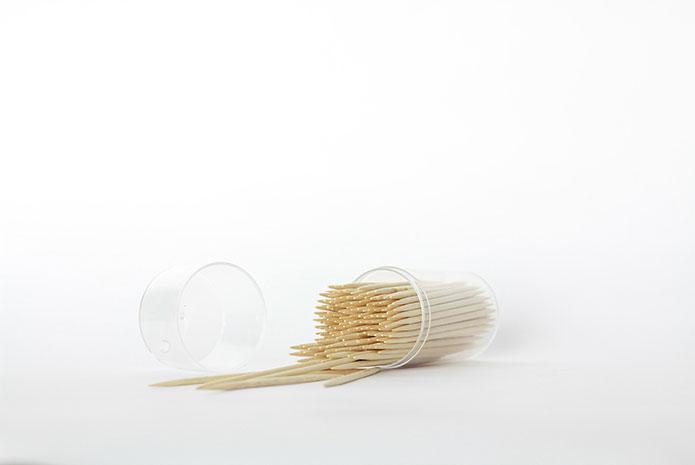 Palillos de madera e higiene bucodental