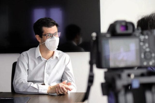 FirstFit® Manufactured by Phibo, sistema de cementación guiada de carillas dentales