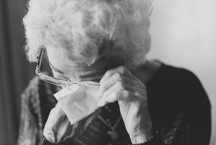 Cómo trataar a un paciente con Alzhéimer
